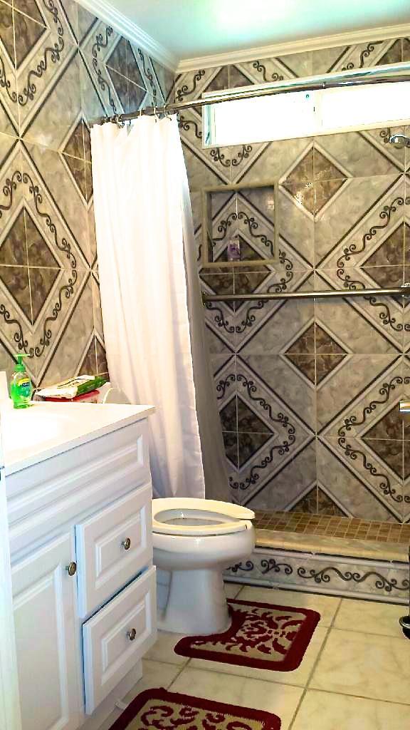 Non-ambulatory shower room 3